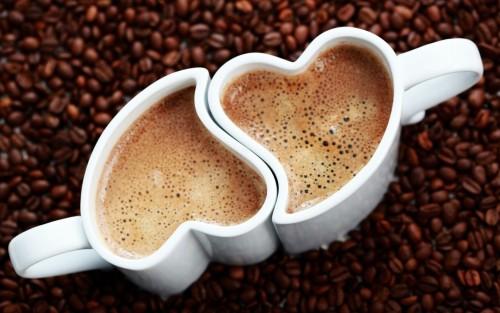Кофейные чашечки для влюбленных