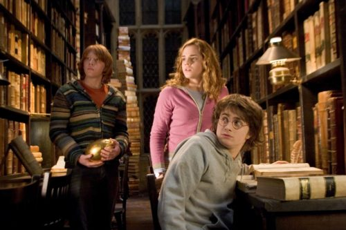 Рон, Гермиона, Гарри Поттер, кадр из фильма