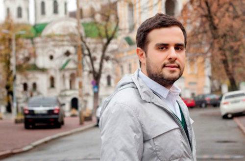 Писатель Сафарли