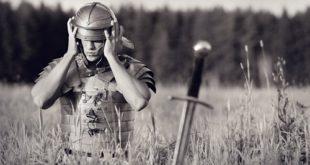 Один в поле не воин.
