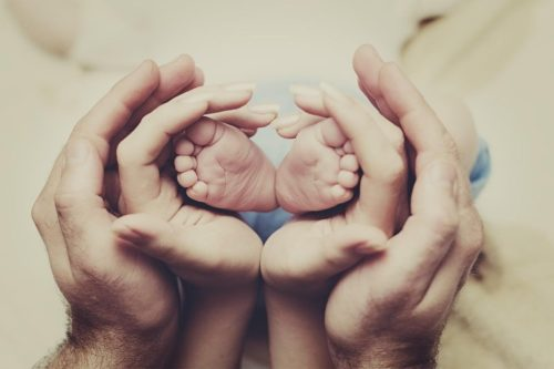 «Преданность – это не чувство, это решение»: подборка цитат о верности и измене